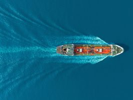 decarbonise maritime shipping