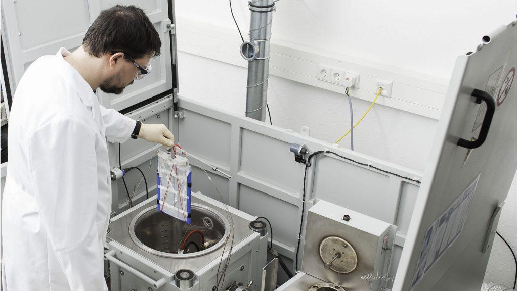 Improving battery safety through calorimetric studies