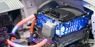 short-circuiting in lithium-ion batteries