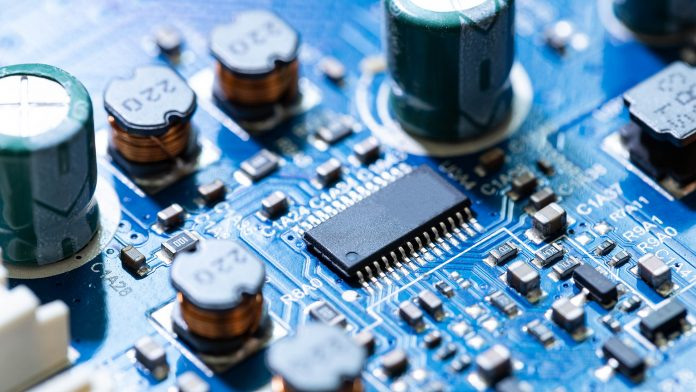 Groundbreaking brain-inspired memory device for semiconductor design
