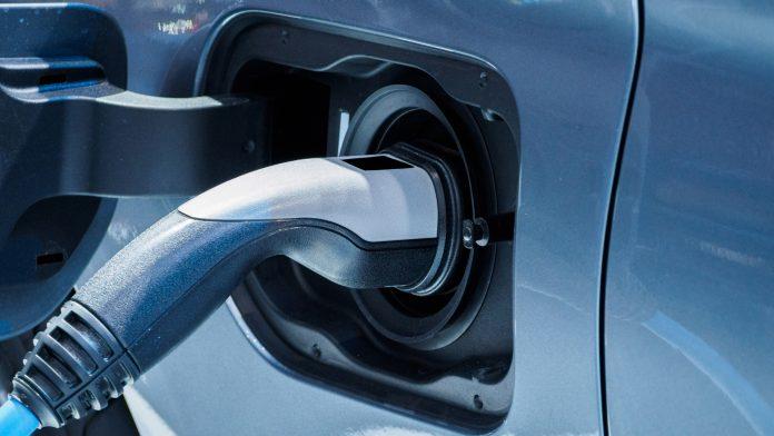 innovative method for preventing irreversible energy loss in batteries.